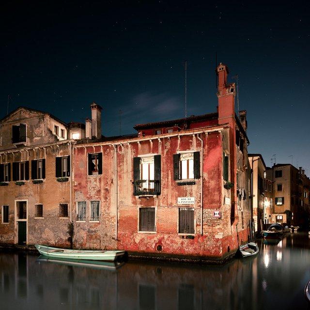 Нічна Венеція у яскравих знімках: дух перехоплює - фото 361539