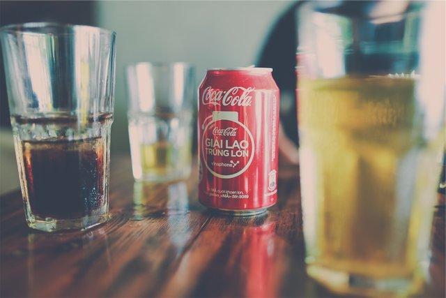 Сінгапур заборонить солодні напої - фото 361789