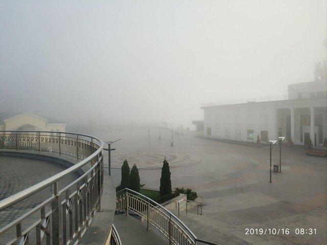 Туманний ранок у Києві в атмосферних знімках - фото 361852