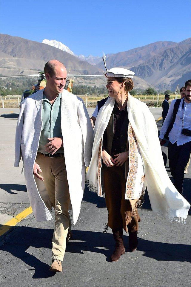 Кейт Міддлтон повторила образ принцеси Діани у Пакистані: фотопорівняння - фото 361941