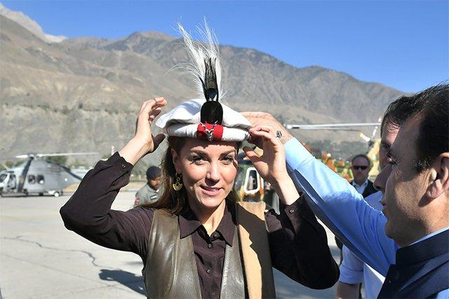 Кейт Міддлтон повторила образ принцеси Діани у Пакистані: фотопорівняння - фото 361942