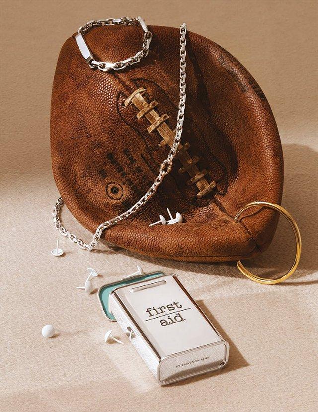 Tiffany & Co випустила першу чоловічу колекцію: у ній не лише прикраси - фото 362170