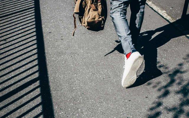 Піші прогулянки мають низку переваг для здоров'я - фото 362219