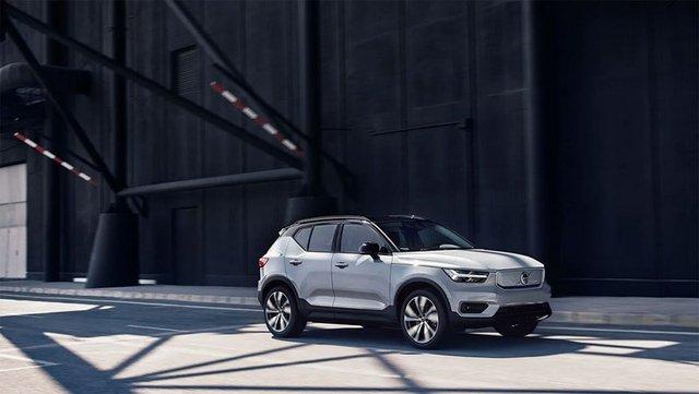 Volvo представила свій перший електромобіль: фото - фото 362278