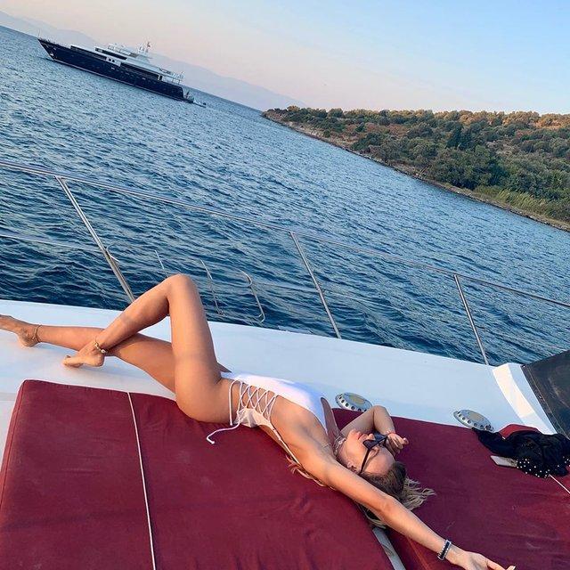 Лесі Нікітюк – 32! Біографія та найсексуальніші фото української телеведучої (18+) - фото 362485