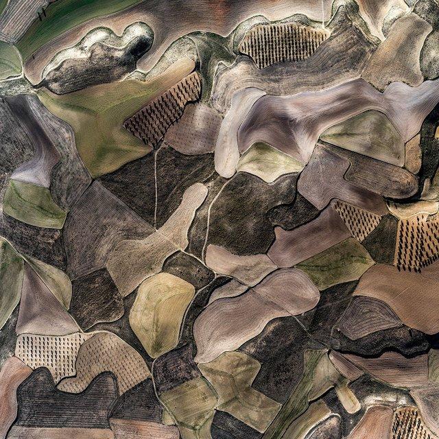 Не туристична Іспанія з висоти пташиного польоту: захопливі фото - фото 362805