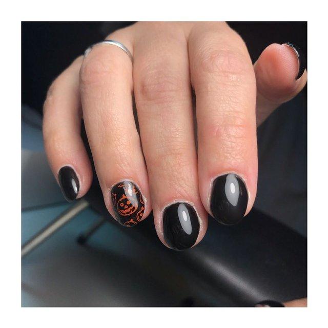 Манікюр на Хеловін 2019: модні тренди дизайну нігтів у фото - фото 363030