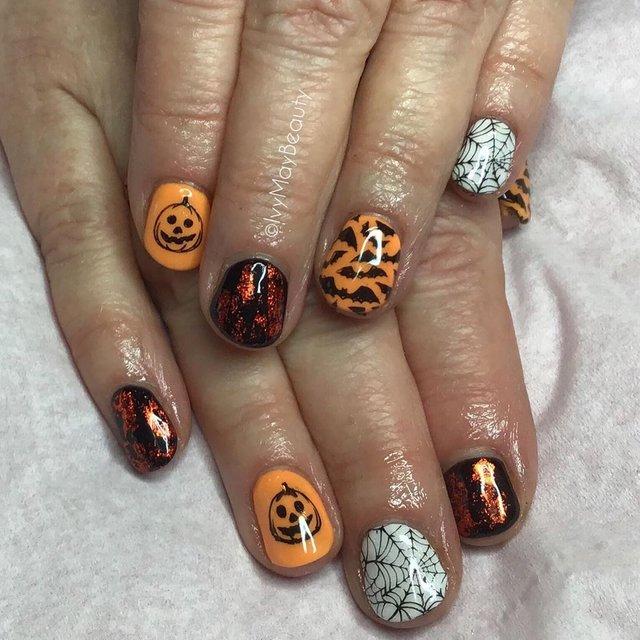 Манікюр на Хеловін 2019: модні тренди дизайну нігтів у фото - фото 363034