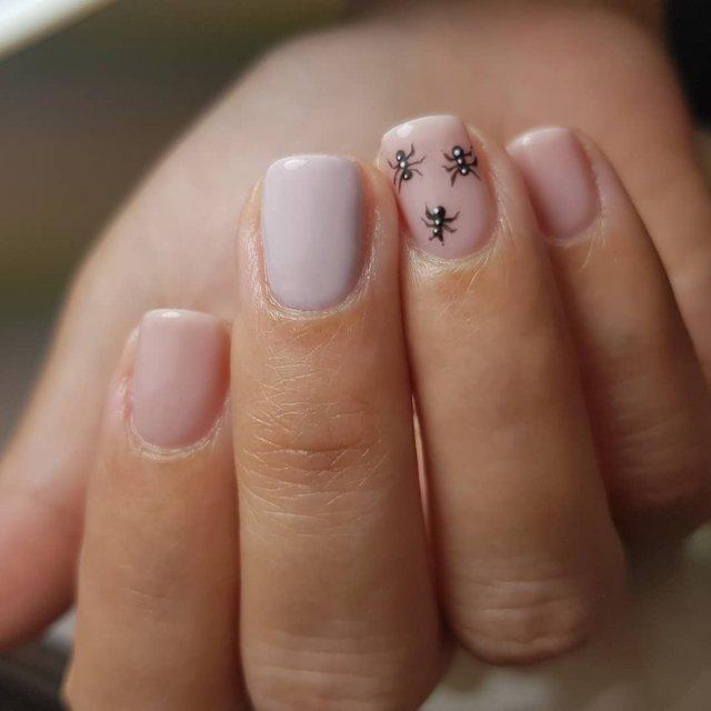 Манікюр на Хеловін 2019: модні тренди дизайну нігтів у фото - фото 363039