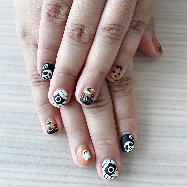 Манікюр на Хеловін 2019: модні тренди дизайну нігтів у фото - фото 363044