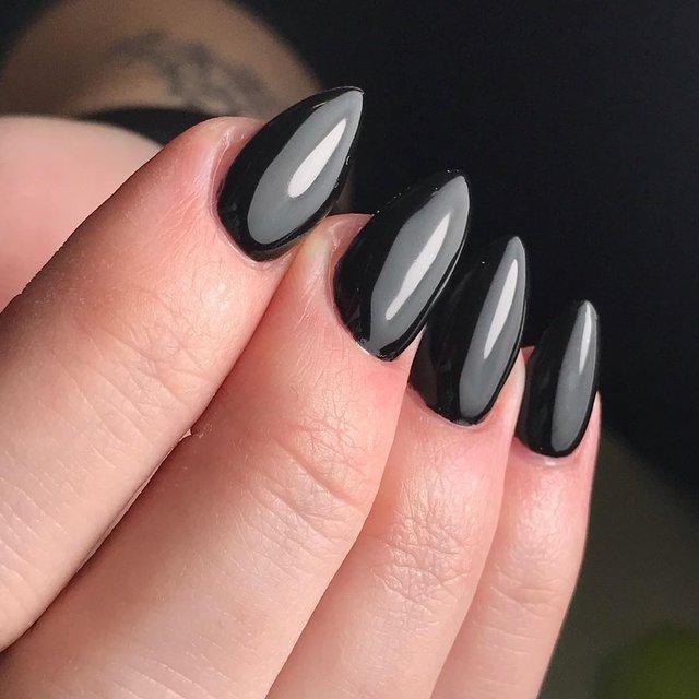 Манікюр на Хеловін 2019: модні тренди дизайну нігтів у фото - фото 363052