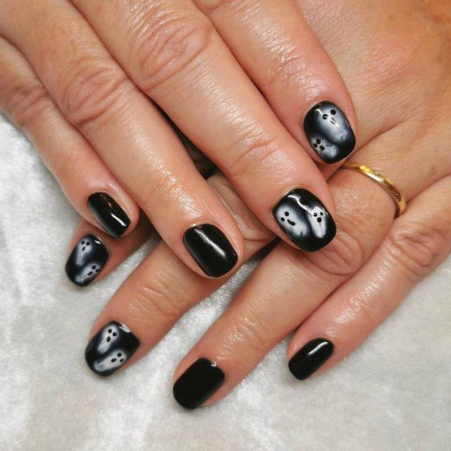 Манікюр на Хеловін 2019: модні тренди дизайну нігтів у фото - фото 363055