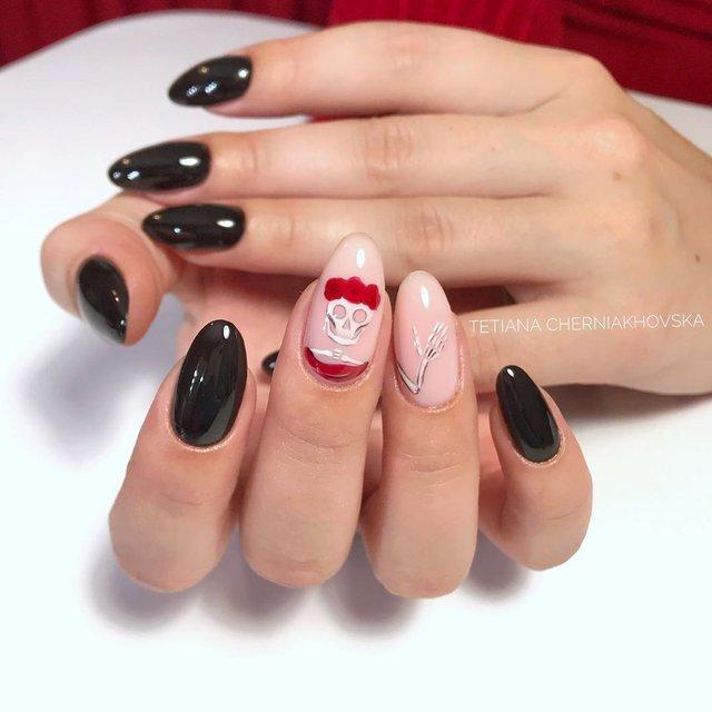 Манікюр на Хеловін 2019: модні тренди дизайну нігтів у фото - фото 363065