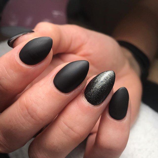 Манікюр на Хеловін 2019: модні тренди дизайну нігтів у фото - фото 363069