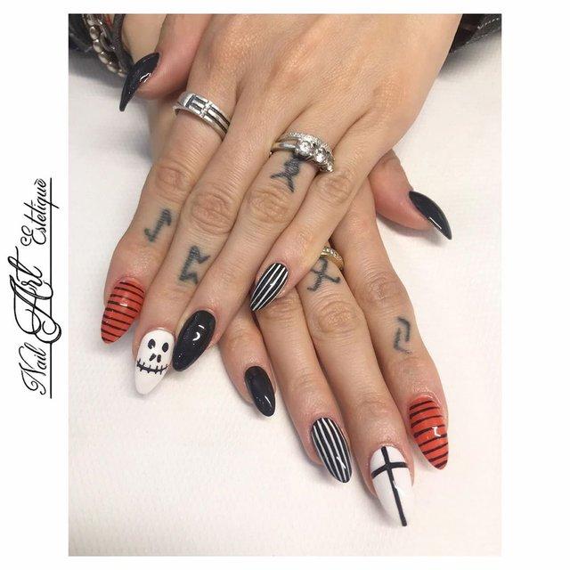 Манікюр на Хеловін 2019: модні тренди дизайну нігтів у фото - фото 363076