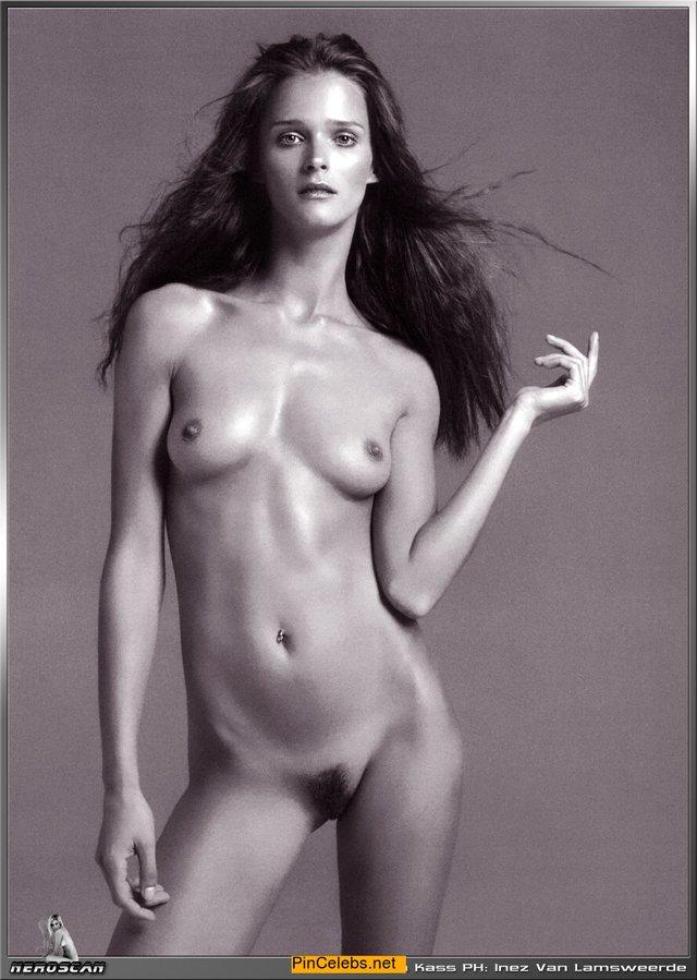 Моделі 90-х: як змінилася ефектна естонка Кармен Касс (18+) - фото 363122
