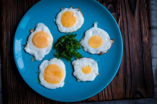 Як з одного яйця зробити п'ять яєчень: майже магія - фото 363957