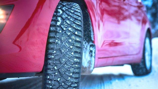 Міняємо літні шини на зимові: поради, коли і як правильно перевзути авто - фото 364304