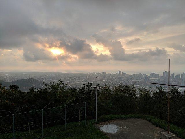Вид на місто з майданчика - фото 364778