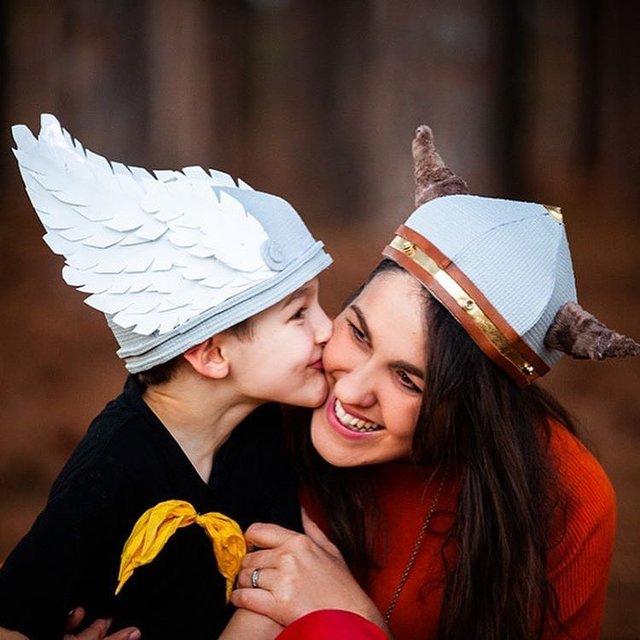 Австралійка робить картонні костюми на Хеловін, які дивують (фото) - фото 364821