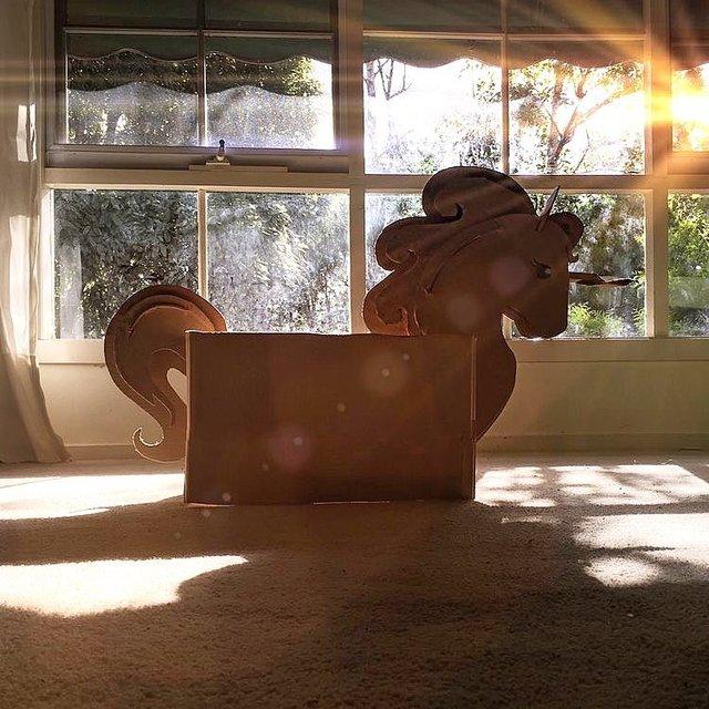 Австралійка робить картонні костюми на Хеловін, які дивують (фото) - фото 364829