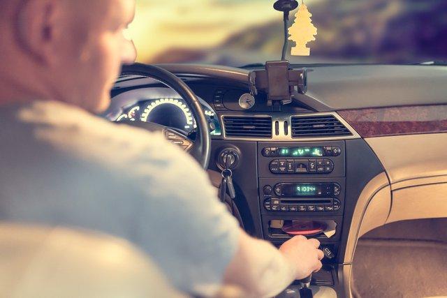 7 дієвих порад для водіїв: як не заснути за кермом - фото 364975