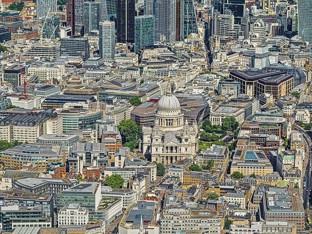 Фотограф показав Лондон, який ніколи не бачать туристи - фото 365001