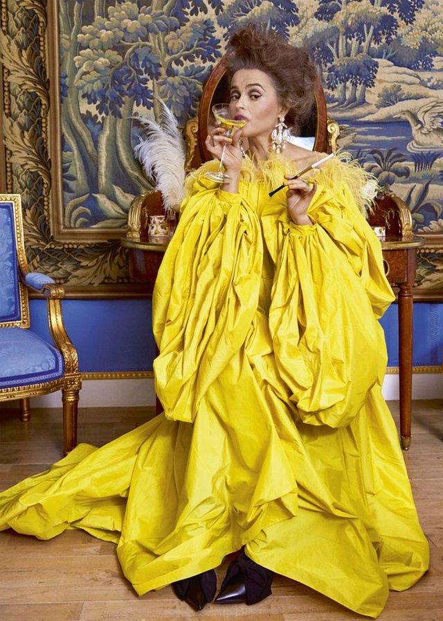 Зірка Гаррі Поттера знялась у розкішній фотосесії: Єлизавета ІІ оцінила б - фото 365278