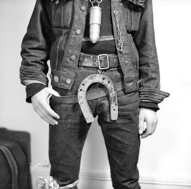 Бунтівна молодь 50-х у рідкісних знімках - фото 365315