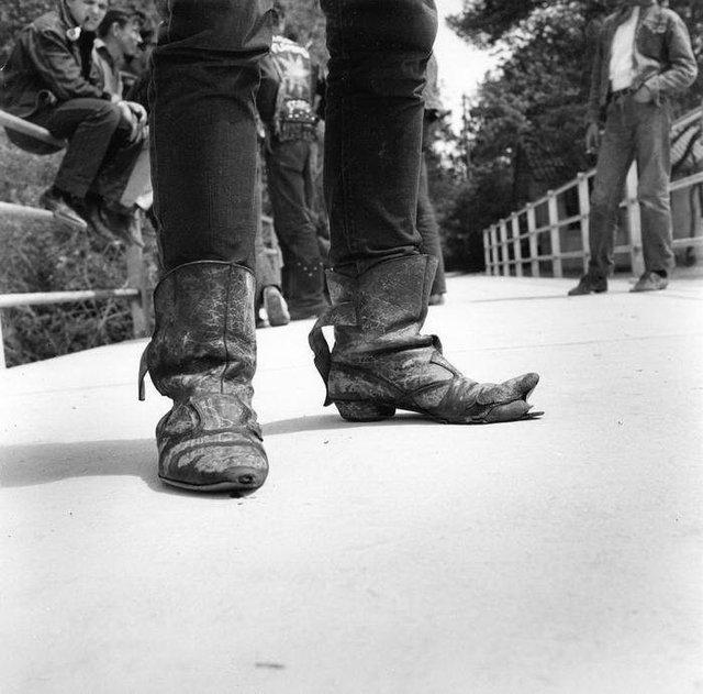 Бунтівна молодь 50-х у рідкісних знімках - фото 365320