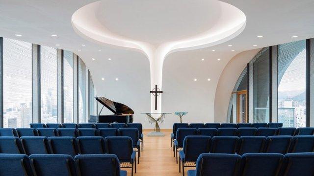 У Гонконзі побудували церкву-хмарочос: споруда вражає - фото 365354