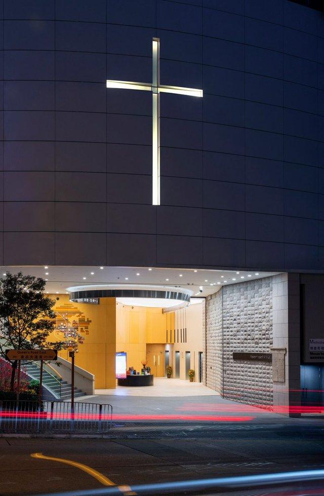 У Гонконзі побудували церкву-хмарочос: споруда вражає - фото 365355