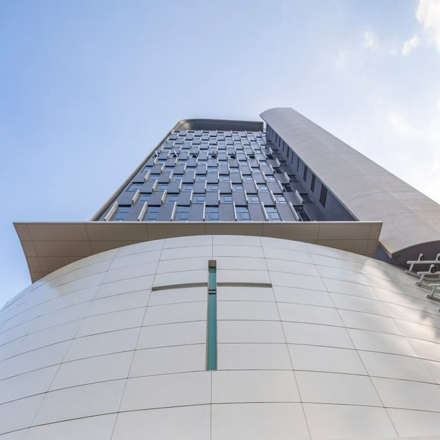 У Гонконзі побудували церкву-хмарочос: споруда вражає - фото 365357