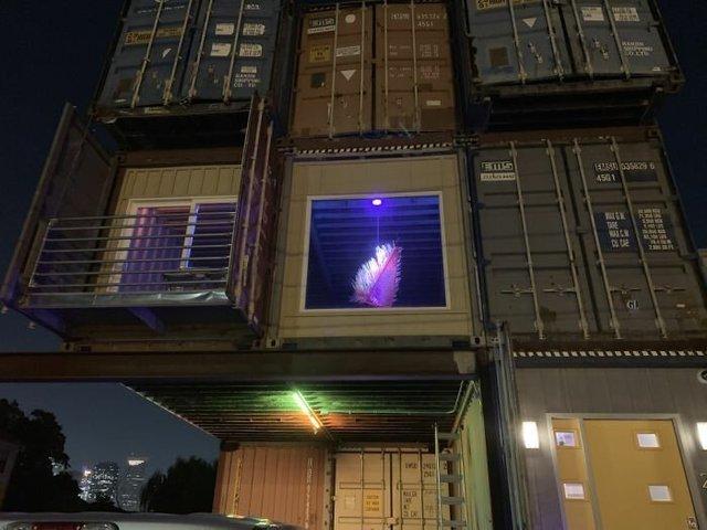 Дизайнер звів дім своєї мрії з вантажних контейнерів (фото) - фото 365422