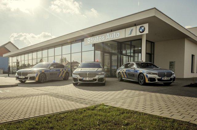На стражі порядку: чеські копи їздитимуть на новеньких BMW 7 серії - фото 365962