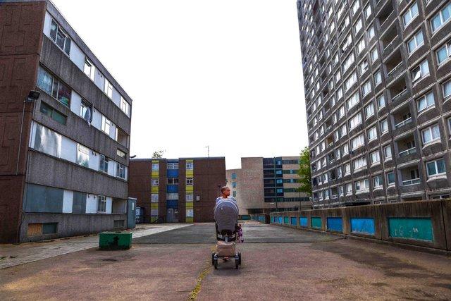 Реальне життя на околицях Лондона: захопливі фото - фото 366189