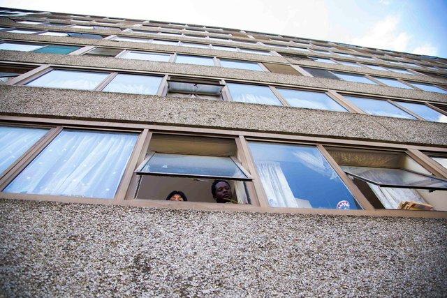 Реальне життя на околицях Лондона: захопливі фото - фото 366191