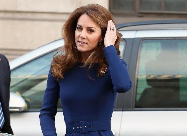 Кейт Міддлтон приголомшила фігурою в елегантній сукні - фото 366845