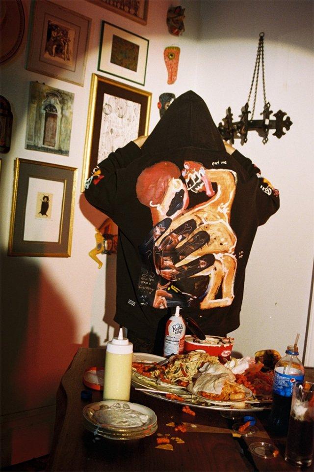 7 смертних гріхів: австралійський бренд випустив незвичайну колекцію одягу - фото 367008