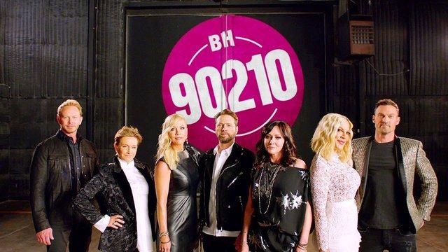 Оновлений серіал Беверлі-Хіллз, 90210 закривають після першого сезону - фото 367487