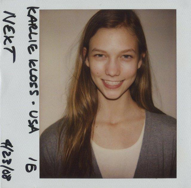 Моделі 90-х: як змінилася ідеальна Карлі Клосс (18+) - фото 367593