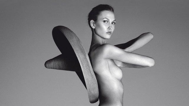 Моделі 90-х: як змінилася ідеальна Карлі Клосс (18+) - фото 367604