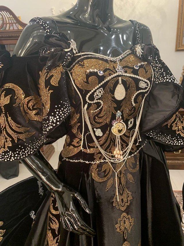 Найдорожче плаття від українського дизайнера - фото 367750