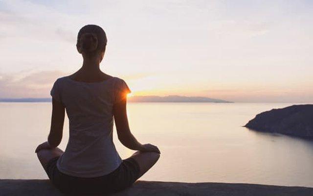 Медитація допомагає тверезо глянути на свої помилки - фото 367884