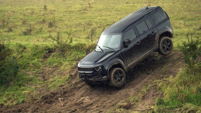 Справжні випробування: Land Rover показав тизер зі зйомок нового фільму про Бонда - фото 368491