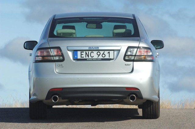 Останній справжній Saab продали за мільйон гривень - фото 368594