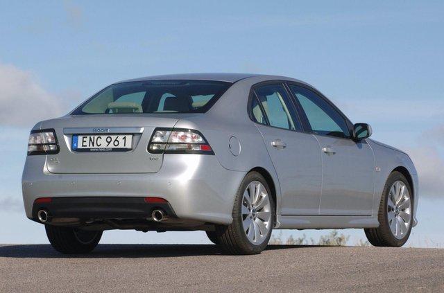 Останній справжній Saab продали за мільйон гривень - фото 368596