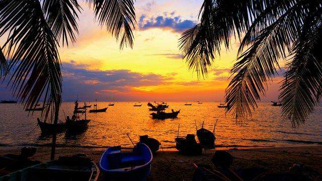 Незабутній відпочинок: куди краще поїхати у листопаді - фото 368710
