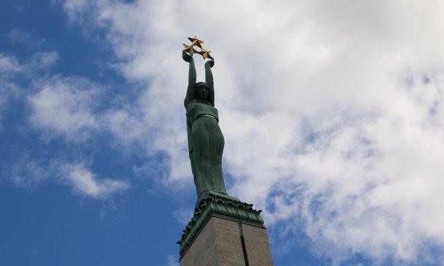 Монумент Свободиу Ризі  - фото 368742