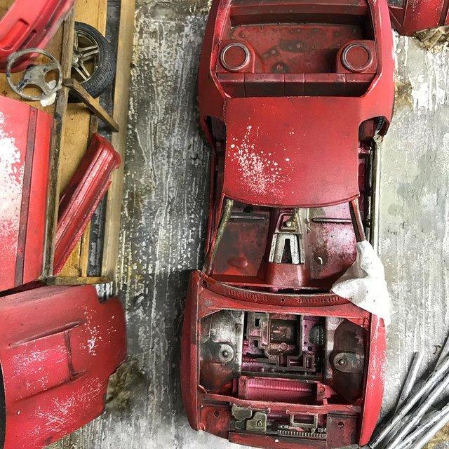 Художник створює вражаючі мініатюри авто, які змушують придивитись - фото 368817